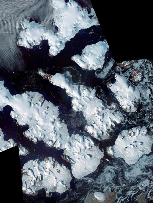 Arktik di Kutub Utara.