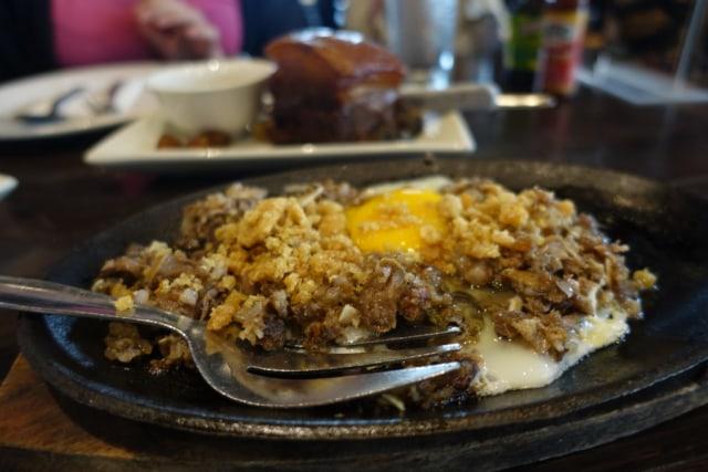 12 Makanan Khas Filipina yang Bisa Dicicipi saat Berada di Manila (125531)
