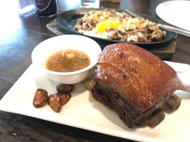 12 Makanan Khas Filipina yang Bisa Dicicipi saat Berada di Manila (125539)