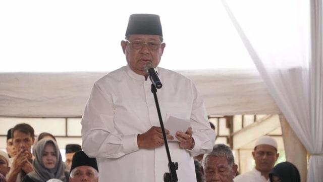 Salam Perpisahan SBY kepada Sang Ibunda (304486)