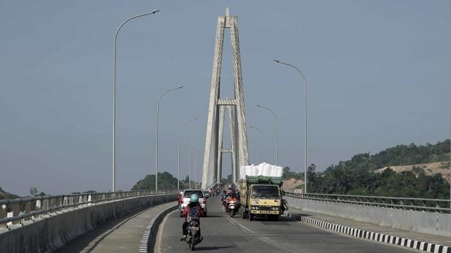 LIPSUS Halo Ibu Kota Baru, Jembatan Mahkota II