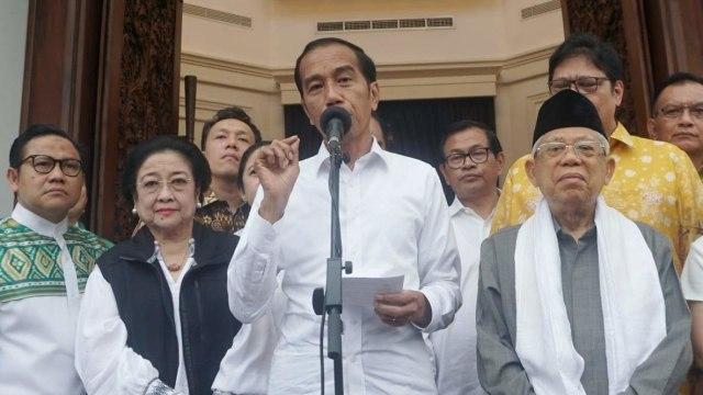Jokowi, Maestro Politik Tarik Ulur (122679)