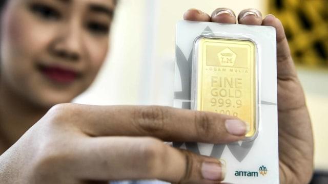 emas batangan, HARGA EMAS ANTAM TURUN