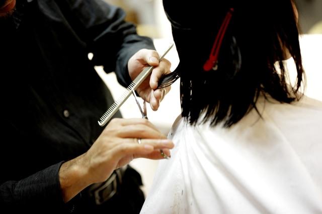 Cara Merawat Rambut Rusak Akibat Terlalu Sering Dicatok (597621)
