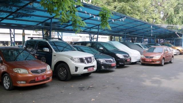 Calon Peserta Pilkada Pakai Mobil Dinas ke KPU, Bolehkah? (2508)