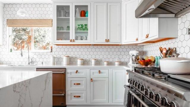 Hal yang Perlu Diperhatikan Saat Mengatur Dekorasi Dapur (286473)