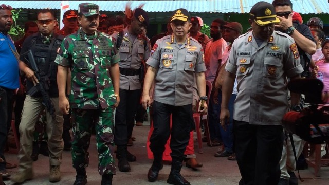 Yang Terlihat Setelah Kapolri dan Panglima TNI Berkantor di Papua (98818)