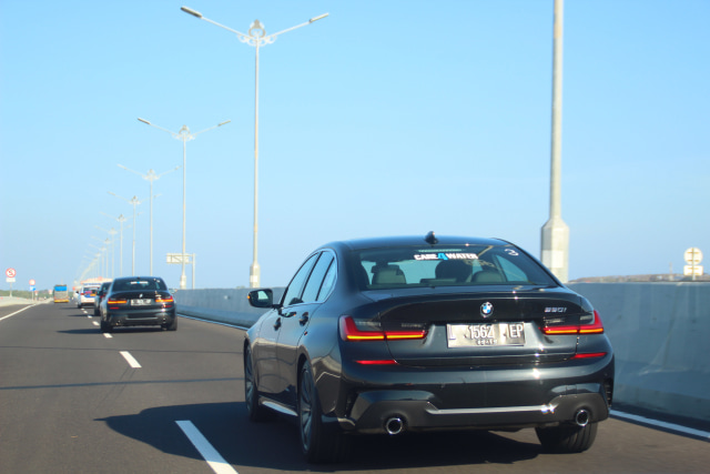 Eksplorasi BMW 330i M Sport Surabaya-Bali (6135)