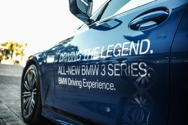 Eksplorasi BMW 330i M Sport Surabaya-Bali (127321)