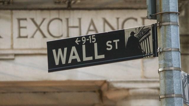 Wall Street Jatuh, Angka Pengangguran di AS Naik - kumparan.com