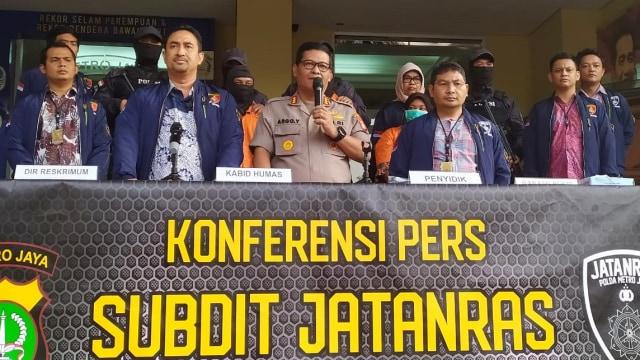 Konpers Penangkapan tiga tersangka lain dalam kasus pembunuhan mayat terbakar dalam mobil, Polda Metro Jaya