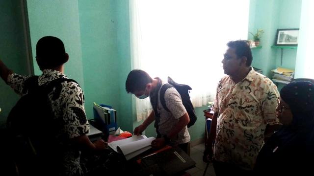 Dugaan Korupsi Pengadaan Alkes, Polisi Geledah RSUD Rasidin Padang (14946)