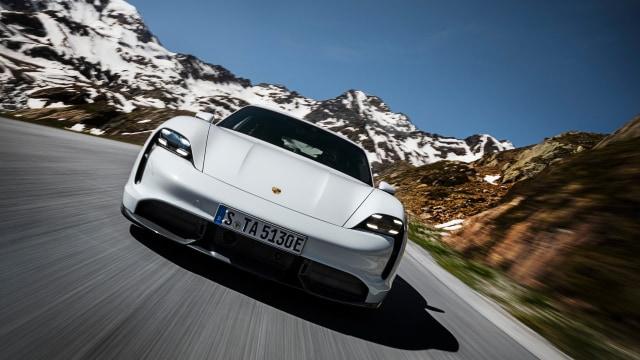 Ini Harga Mobil Listrik Porsche Taycan yang Direview Ketua MPR (17146)