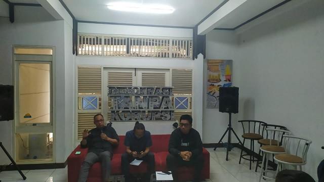 Diskusi revisi UU KPK di Sekretariat ICW