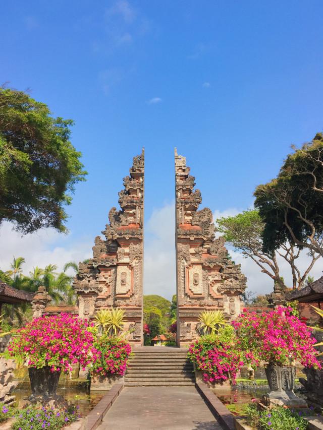 Mengunjungi 4 Destinasi Wisata Budaya Di Bali Kumparan Com