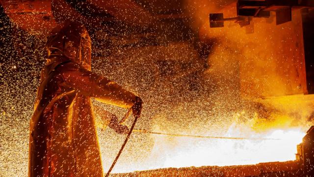 Kemenperin Pastikan UU Cipta Kerja Jamin Ketersediaan Bahan Baku Industri di RI (236331)