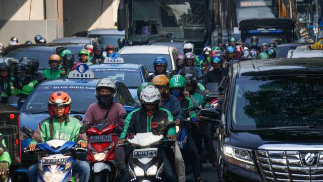 Usulan Pembatasan Sepeda Motor di Jalan Nasional (211883)