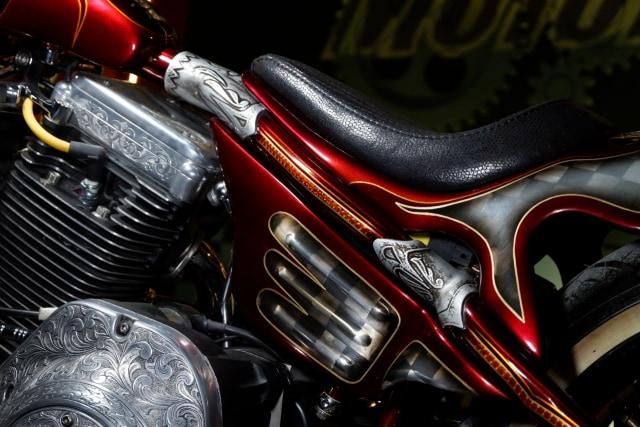Modifikasi Harley-Davidson FXR: Lawas dan Berkelas (1502438)