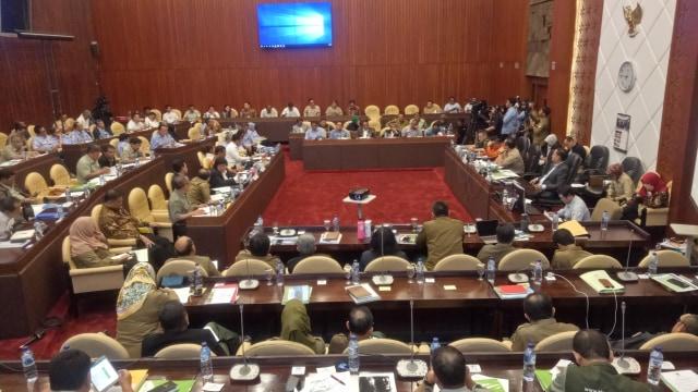 Jabatan Mau Habis, Susi Pamit ke DPR: Maaf Saya Tukang Nembakin Kapal (320495)
