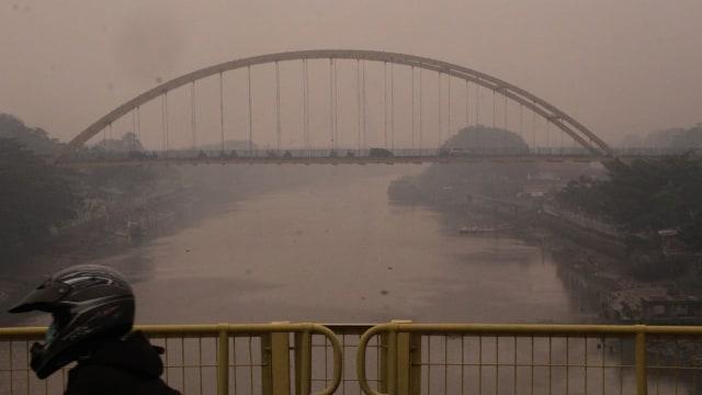 Asap tenggelamkan Kota Pekanbaru3.jpg