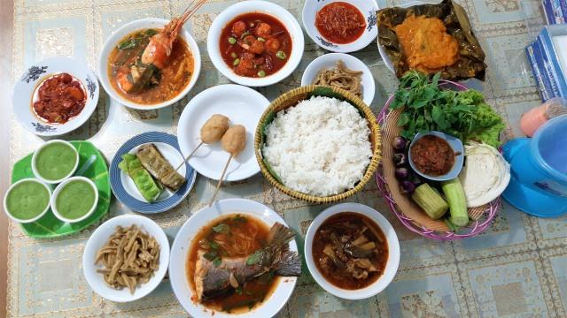 Khas Palembang, Ini 5 Hal yang Bikin Kamu Tertarik Makan Enak di RM Musi Rawas (1195814)