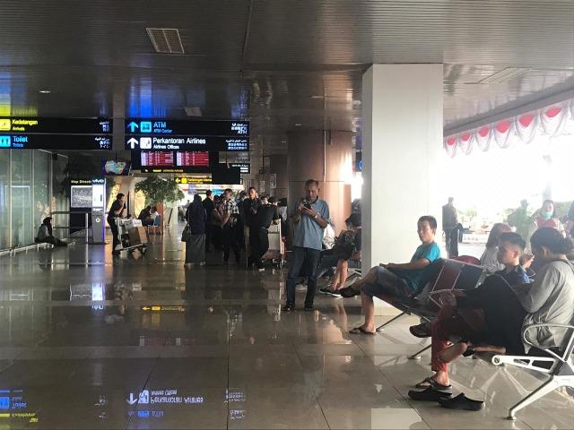 Dampak Kabut Asap, Penerbangan Pesawat di Kalbar Sempat Terganggu (350668)
