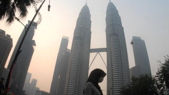 BREAKING NEWS: Malaysia Lockdown Mulai 18 Maret  (5660)