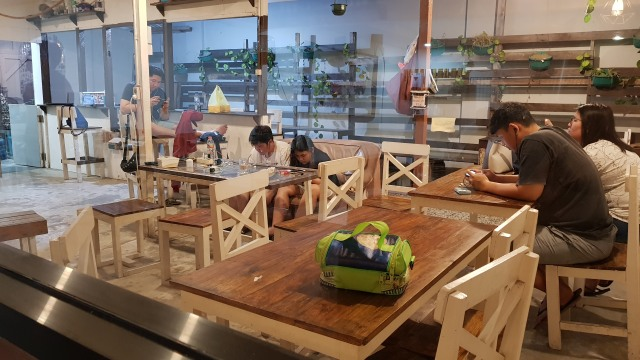 Ryanto, Coffeepreneur Samarinda yang Berkarya Melalui Secangkir Kopi (1013639)