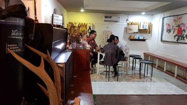 Ryanto, Coffeepreneur Samarinda yang Berkarya Melalui Secangkir Kopi (1013642)