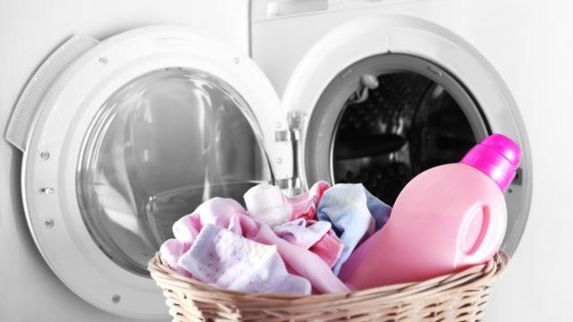 Aturan Mencuci Pakaian Bayi yang Benar (57380)