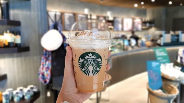Starbucks Pecat Pegawai yang Intip Payudara Pengunjung Lewat CCTV (411690)