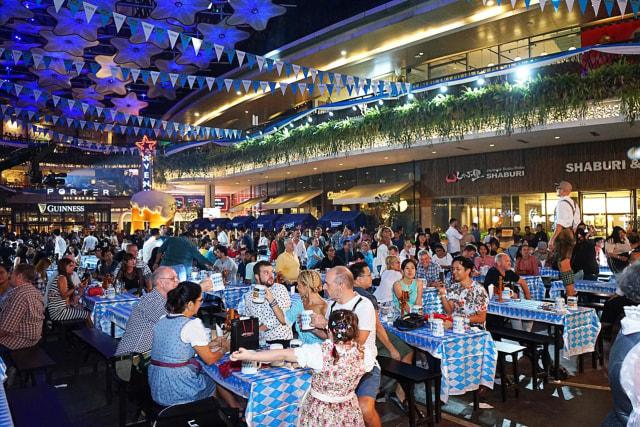 Merayakan Oktoberfest di Jakarta  (652267)