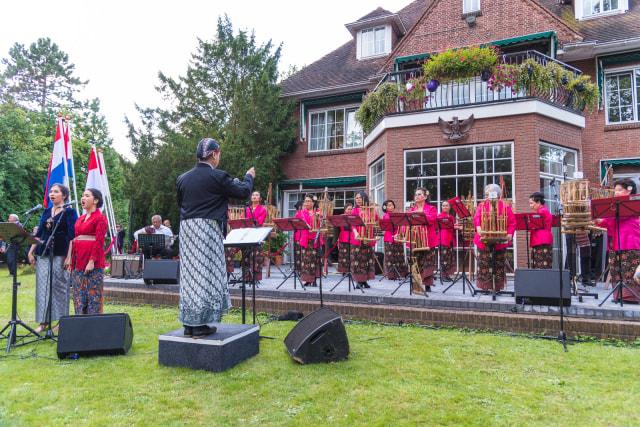 Perayaan Persahabatan Indonesia dan Belanda (721528)