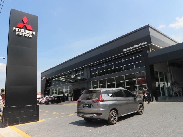 Mitsubishi Xpander dan Triton Dominasi Pasar Banjarbaru (101093)