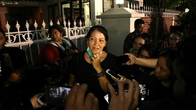 BJ Habibie Meninggal, Melanie Subono, kediaman BJ Habibie di Patra Kuningan, Jakarta