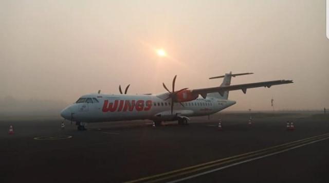 Kabut Asap Pekat Tunda Penerbangan di Bandara Iskandar Pangkalan Bun (352303)