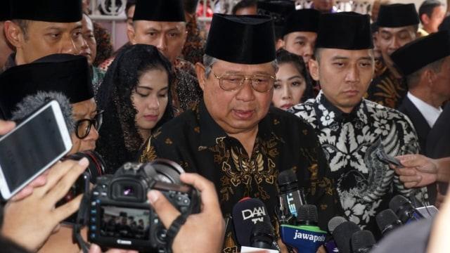 BJ Habibie Meninggal, Mantan Presiden Indonesia, Susilo Bambang Yudhoyono, usai melayat di kediaman BJ Habibie