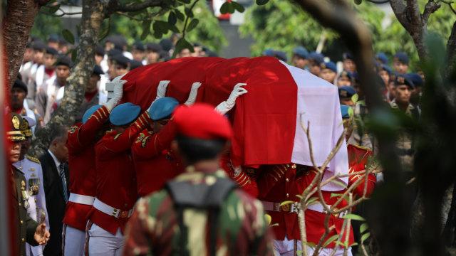 Foto: Peristirahatan Terakhir BJ Habibie (78517)