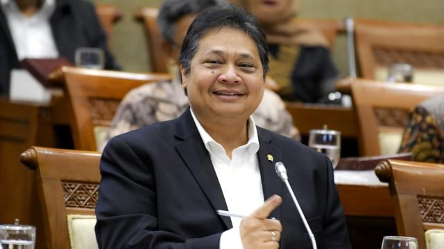 Tok! DPR Sahkan Omnibus Law UU Cipta Kerja (1)