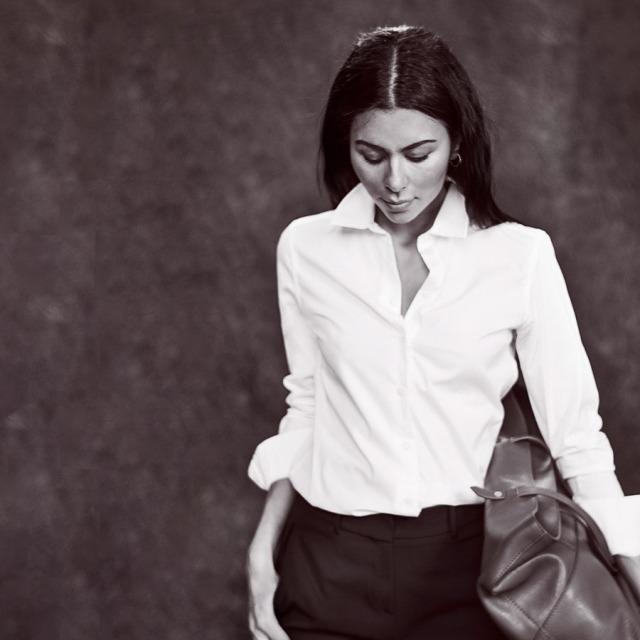 Baju yang dirilis Meghan Markle untuk Smart Works