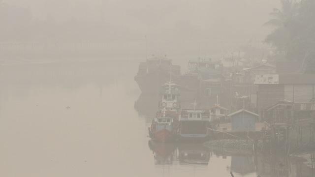 Kabut asap di , kebekaran hutan dan lahan, Pekanbaru, Riau