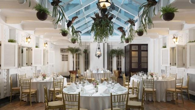 Restoran di The Hermitage Jakarta