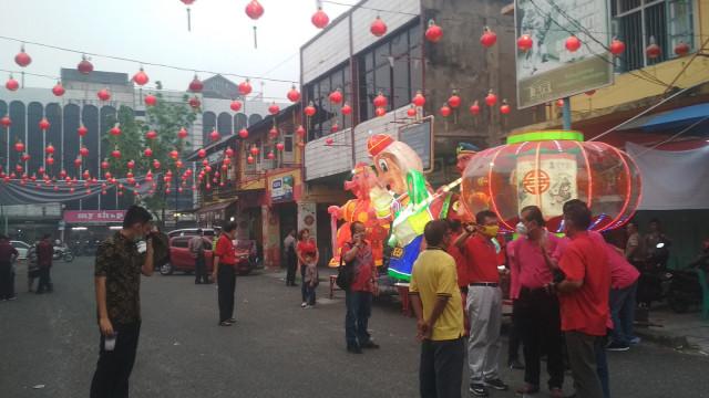Festival Kue Bulan di Jalan Karet Pekanbaru.jpg