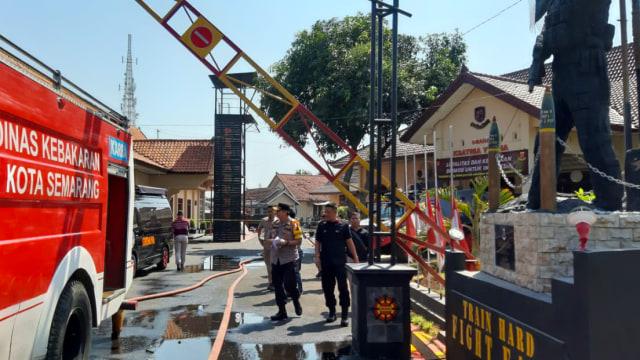 11 Rumah dan 2 Mobil Rusak Akibat Ledakan di Mako Brimob Semarang (343724)