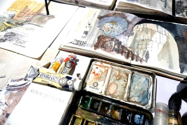 Foto: Menikmati Karya Seni di Pameran Sketsaforia Urban (53966)