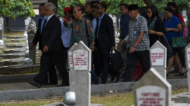 Foto: Xanana Gusmao Ziarah ke Makam BJ Habibie (472116)