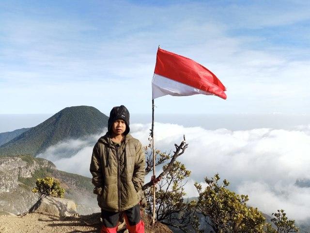 Butiran Es Temani Pendaki Cilik Gapai Puncak Gunung Gede (131572)