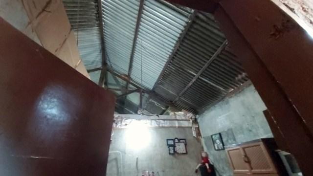 Rumah yang Terdampak Ledakan Gudang Mako Brimob Semarang Diperbaiki (364)