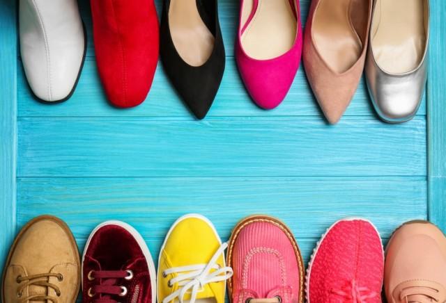 3 Hal yang Perlu Dipertimbangkan Ibu Hamil saat Beli Sepatu Baru (75165)