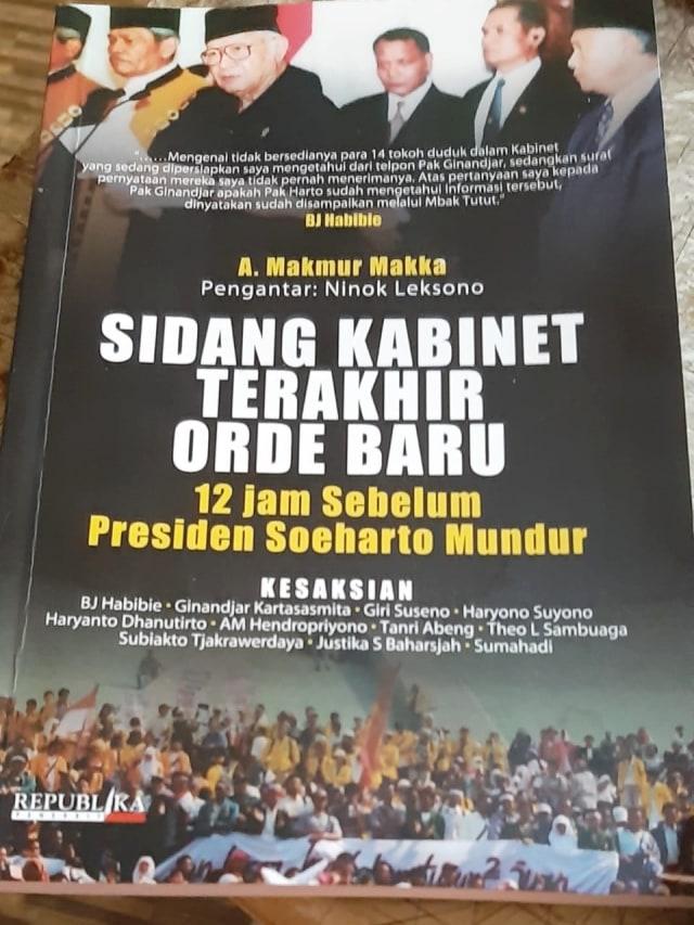BJ Habibie dan Cerita Lengsernya Soeharto (755684)